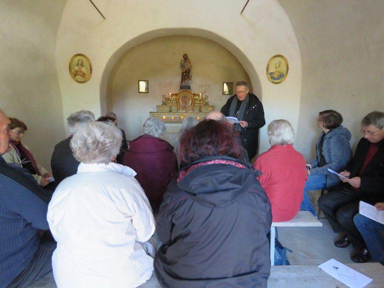 Laudes à la chapelle Saint Joseph de Sahune (16/03)