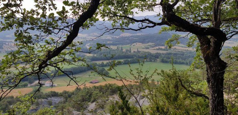 avec une vue magnifique sur la vallée
